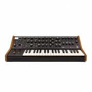 Moog Subsequent 37 Analog Synthesizer Review